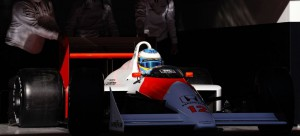 Gallery_8-fernando-alonso-mp4-4-f1-2015-senna_1440x655c