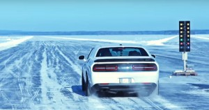 dodge-challenger-hellcat-hits-171-mph-during-ice-speed-record-attempt-in-sweden-105769_1